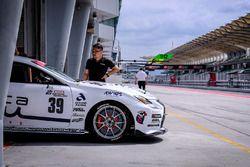 #39 Muta Racing TWS RC350 Lexus RC350: Ryohei Sakaguchi, Makoto Hotta, Teruhiko Hamano