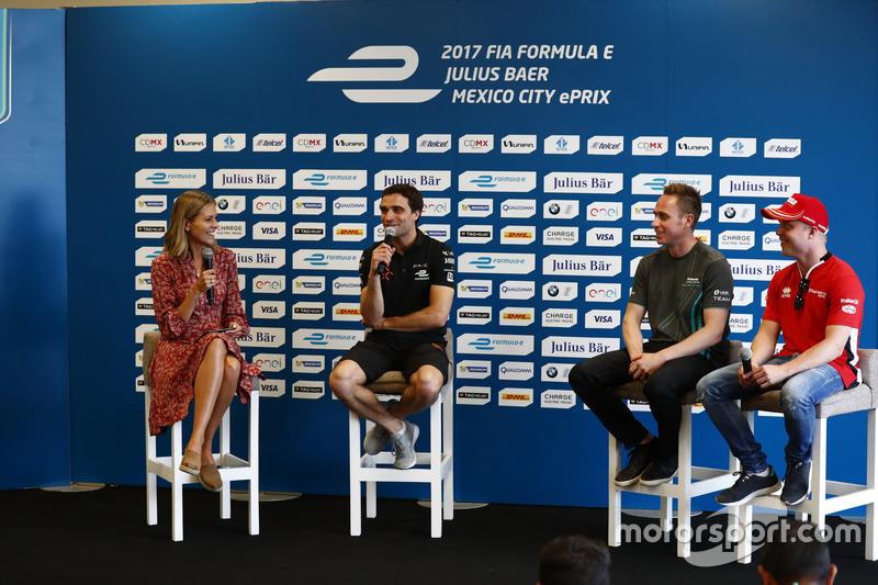 Jérôme d'Ambrosio, Dragon Racing, Adam Carroll, Jaguar Racing; Felix Rosenqvist, Mahindra Racing