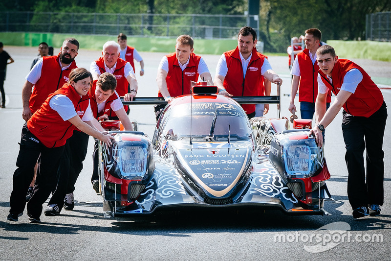 #37 DC Racing Oreca 07 Gibson: David Cheng, Alex Brundle, Tristan Gommendy