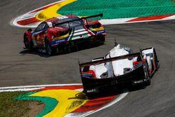 #1 Porsche Team Porsche 919 Hybrid: Neel Jani, Andre Lotterer, Nick Tandy, #51 AF Corse Ferrari 488