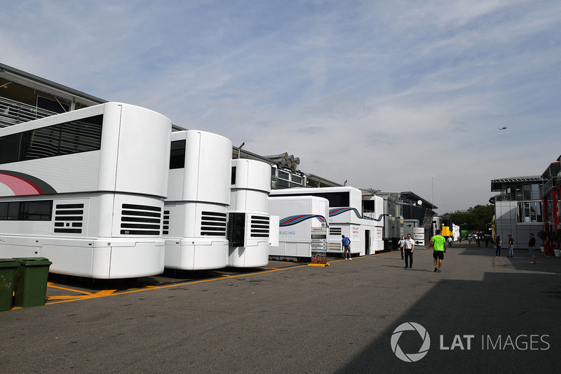 Paddock and motorhomes
