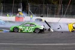 Unfall: Martin Tomczyk, Team Abt Sportsline Junior Audi TT