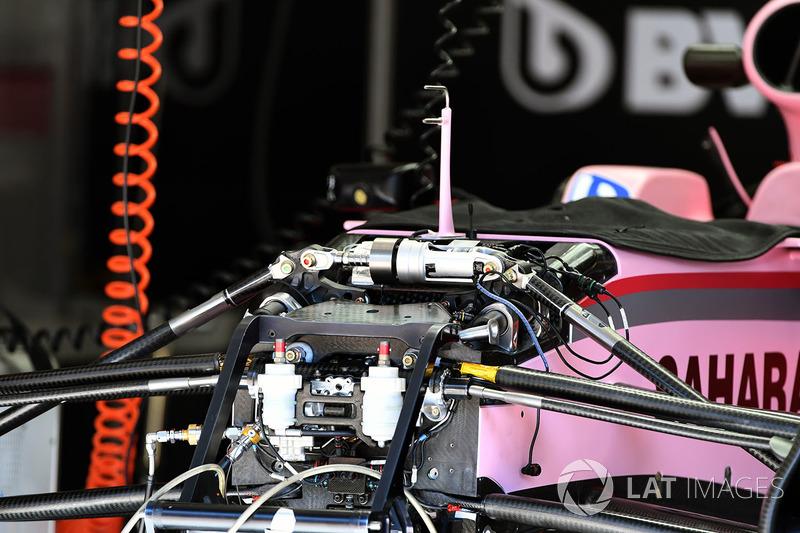 Chasis y suspensión delantera del Sahara Force India VJM10