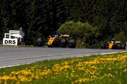 Sergey Sirotkin, Renault Sport F1 Team RS17, Testfahrer, Jolyon Palmer, Renault Sport F1 Team RS17