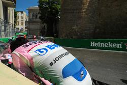 Sergio Perez, Sahara Force India va a sbattere nella prima sessione di prove