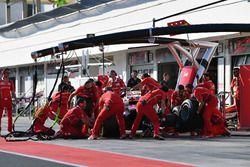 Пит-стоп: Шарль Леклер, Ferrari SF70H