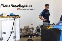 Sébastien Buemi, Renault e.Dams, in the garage