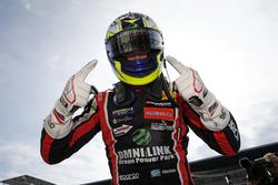 Победитель гонки Джоэль Эрикссон, Motopark Dallara F317 - Volkswagen