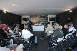 Atmosfera durante la presentazione della nuova Porsche 911 GT3 per il 2018