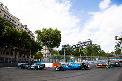 Mitch Evans, Jaguar Racing; Nicolas Prost, Renault e.Dams