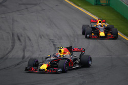 Макс Ферстаппен, Red Bull Racing RB13, Даніель РІккардо, Red Bull Racing RB13