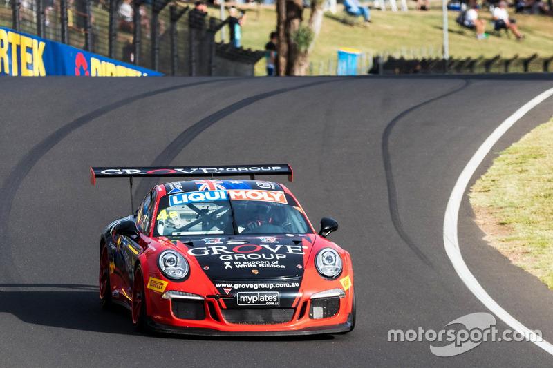 Unfall: #4 Grove Motorsport, Porsche 911 Cup