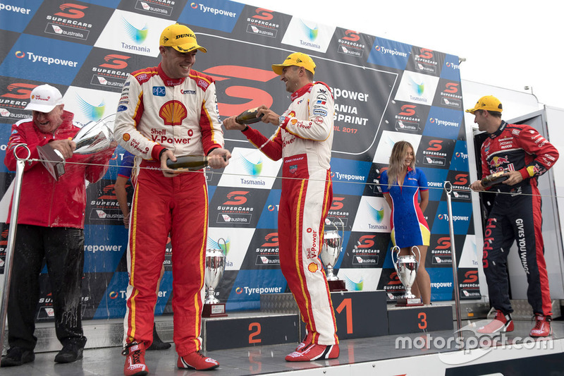 Podium: 1. Fabian Coulthard, Team Penske, Ford; 2. Scott McLaughlin, Team Penske, Ford; 3. Jamie Whincup, Triple Eight Race Engineering, Holden