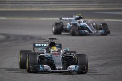 Lewis Hamilton, Mercedes F1 W08, Valtteri Bottas, Mercedes F1 W08