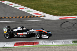 Tadasuke Makino, Hitech Grand Prix, Dallara F317 – Mercedes-Benz