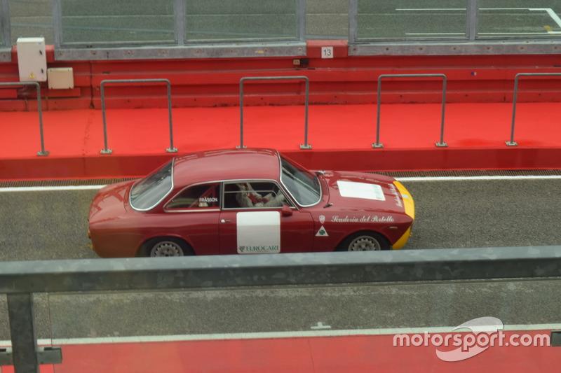 Alfa Romeo Storica sulla pitlane