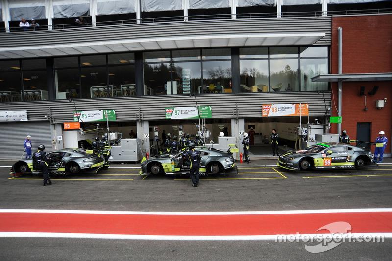#95 Aston Martin Racing Aston Martin Vantage, #97 Aston Martin Racing Aston Martin Vantage, #98 Asto