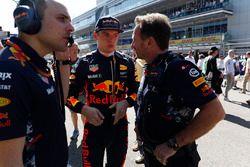 Max Verstappen, Red Bull, Christian Horner, Red Bull Racing