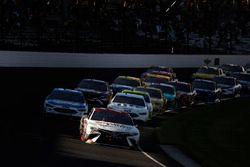 Erik Jones, Furniture Row Racing Toyota restart
