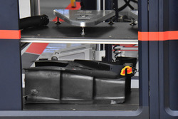 Red Bull Racing RB13 bodywork detail