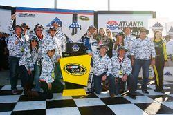 Race winner Jimmie Johnson, Hendrick Motorsports Chevrolet celebrates