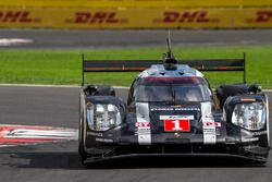 #1 Porsche Team Porsche 919 Hybrid: Тимо Бернхард, Марк Уэббер и Брендон Хартли