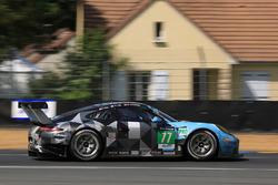 #77 Dempsey Proton Competition Porsche 911 RSR: Річард Ліц, Мікаель Крістенсен, Філіпп Енг