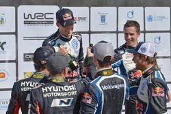 Sébastien Ogier, Julien Ingrassia, Volkswagen Motorsport; Thierry Neuville, Nicolas Gilsoul, Hyund