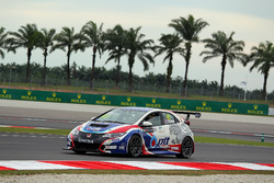 Tin Sritrai, Team Thailand, Honda Civic TCR