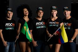 Felipe Massa, Juan Pablo Montoya, Tony Kanaan met de ROC girls