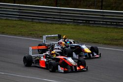 Callum Ilott, Van Amersfoort Racing Dallara F312 - Mercedes; Sergio Sette Camara, Motopark Dallara F