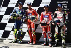 Il poleman Andrea Iannone, Ducati Team, il secondo qualificato Valentino Rossi, Yamaha Factory Racin