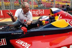 Dr. Helmut Marco, Red Bull Racing bersama Carlos Sainz Jr.