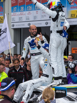 Winnaars #4 AMG-Team Black Falcon, Mercedes-AMG GT3: Bernd Schneider, Maro Engel, Adam Christodoulou