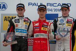Rookie podium, rostrum, Anthoine Hubert, Van Amersfoort Racing Dallara F312 – Mercedes-Benz, Guanyu