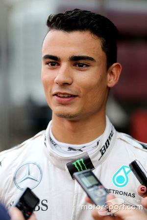 Pascal Wehrlein, Mercedes AMG F1 Team with the media