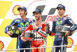 Podio: ganador de la carrera Andrea Dovizioso, Ducati Team, segundo Valentino Rossi, Yamaha Factory