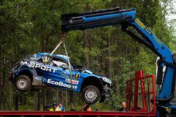 Eric Camilli, Benjamin Veillas, M-Sport Ford Fiesta WRC na een crash
