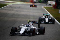 Valtteri Bottas, Williams FW38 Mercedes, leads Lewis Hamilton, Mercedes F1 W07 Hybrid