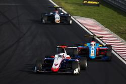 Джулиано Алези, Trident едет впереди Акаш Нанди, Jenzer Motorsport