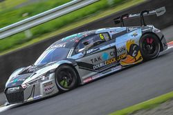 #6 Phoenix Racing Audi R8 LMS GT3: Alex Yoong, Alex Au