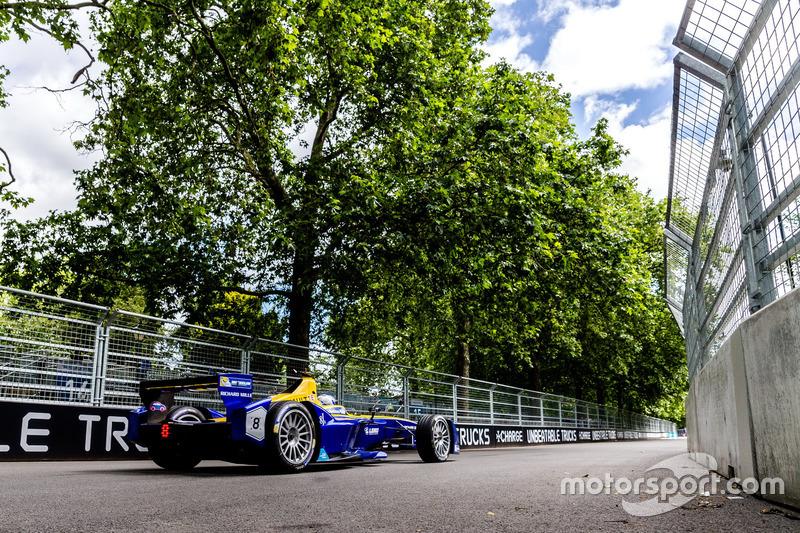 Nicolas Prost se aproveitou do ótimo carro que a e.Dams tem e, preciso, venceu a corrida 1 do ePrix de Londres.