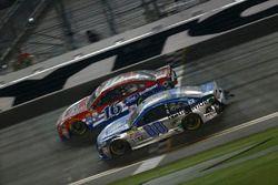 Dale Earnhardt Jr., Hendrick Motorsports, Chevrolet; Greg Biffle, Roush Fenway Racing, Ford