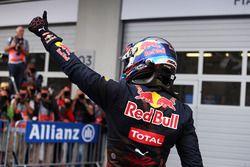 Max Verstappen, Red Bull Racing celebra su segundo puesto en parc ferme