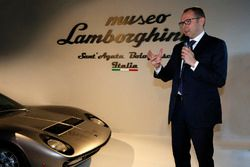 CEO Stefano Domenicali, Lamborghini Müzesi tanıtımda - Sant'Agata Bolognese