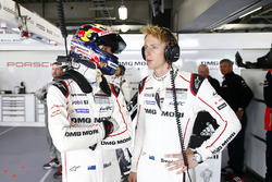 Mark Webber, Brendon Hartley, Porsche Team
