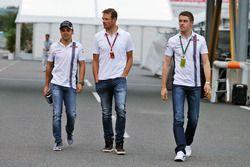 (L to R): Felipe Massa, Williams with Alex Wurz, Williams Driver Mentor / GPDA Chairman and Paul di Resta, Williams Reserve Driver