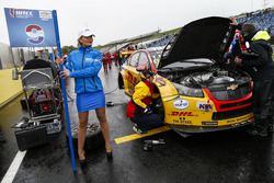 Grid girl di Tom Coronel, Roal Motorsport, Chevrolet RML Cruze TC1