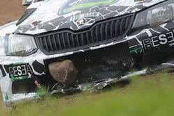 Jaromír Tarabus, Skoda Fabia R5, sasso incastrato nella presa d'aria durante le qualifiche
