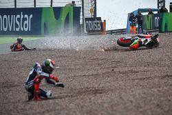 Stefan Bradl, Aprilia Racing Team Gresini chute après Jorge Lorenzo, Yamaha Factory Racing